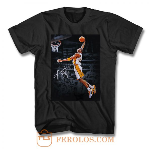 Kobe Bryant Signed Lakers Dunk T Shirt